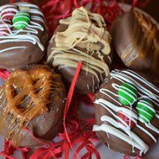 Caramel Chocolate Oreos